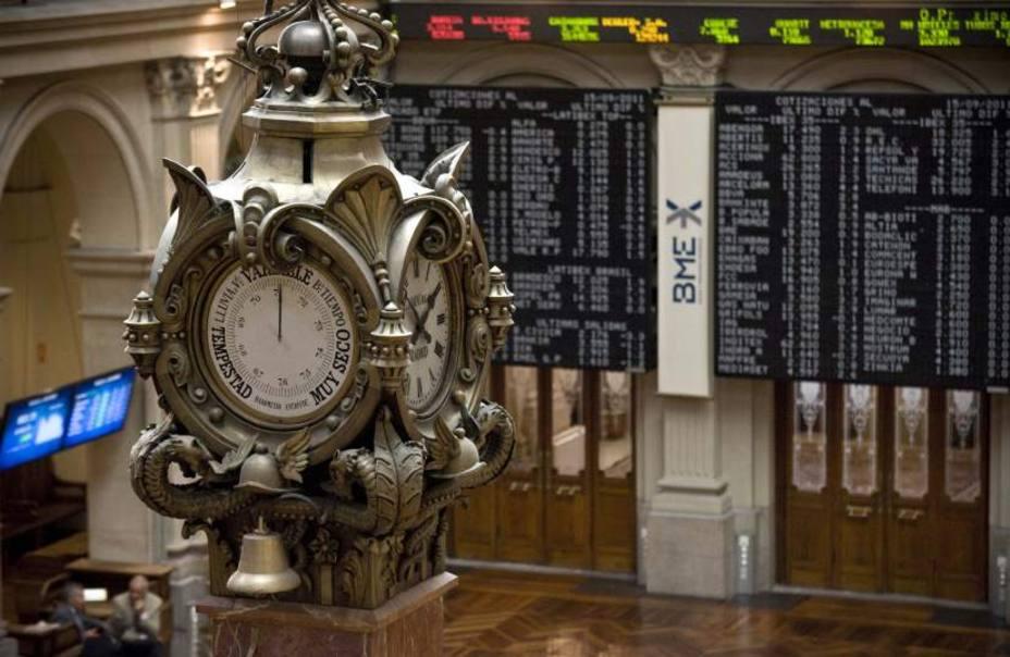 La Bolsa se bate de nuevo en retirada con más miedo que vergüenza