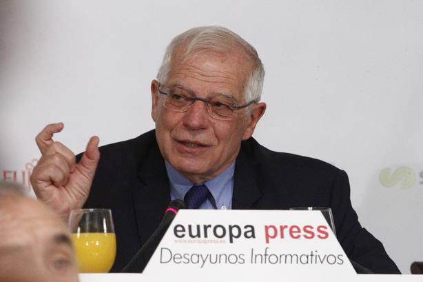 El ministro de Exteriores, Josep Borrell, protagoniza en Madrid el Desayuno Informativo de Europa Press