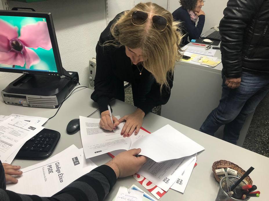 Eva Montesinos formaliza su candidatura a las primarias del PSOE (PSPV-PSOE)