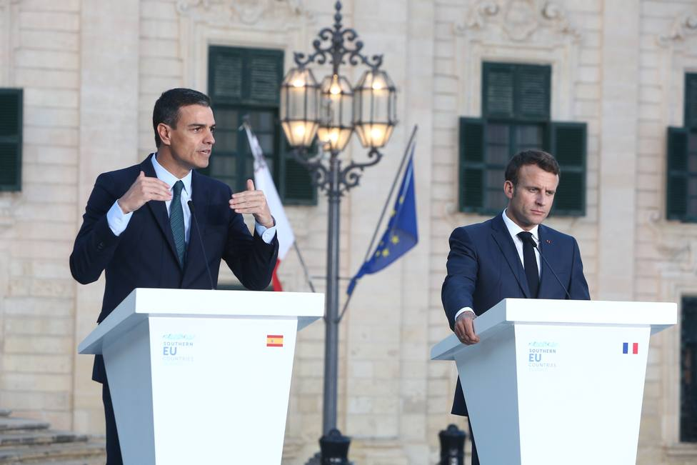 Sánchez y Macron abordan en Malta el reparto de altos cargos de la UE y la formación de mayorías en el Parlamento