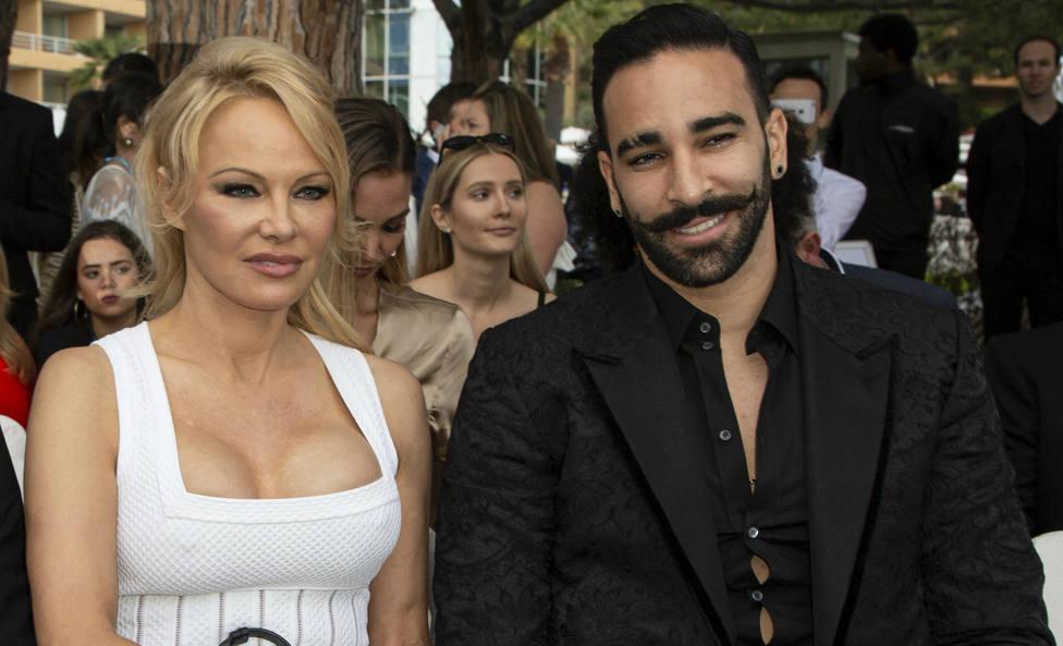 Pamela Anderson rompe con su novio tras acusarle de ser infiel y machista