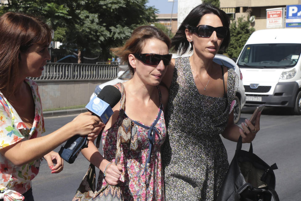 Juana Rivas insiste en pedir protección para sus dos hijos, que ve en peligro