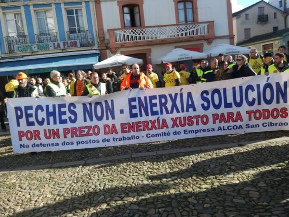 Manifestación de trabajadores y sindicatos de Alcoa