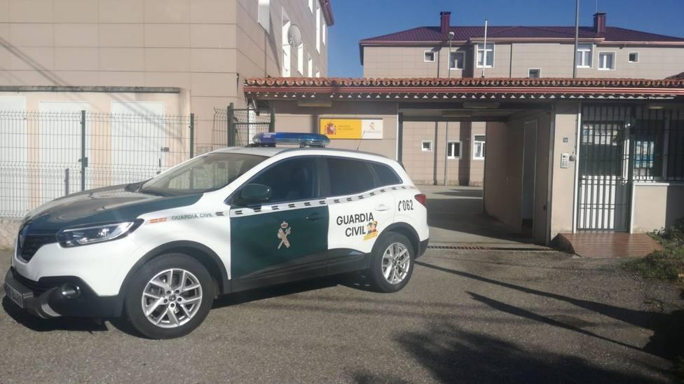Detenido un vecino de Mos (Pontevedra) por agredir e insultar a su pareja, cuando ella iba en coche con unos amigos