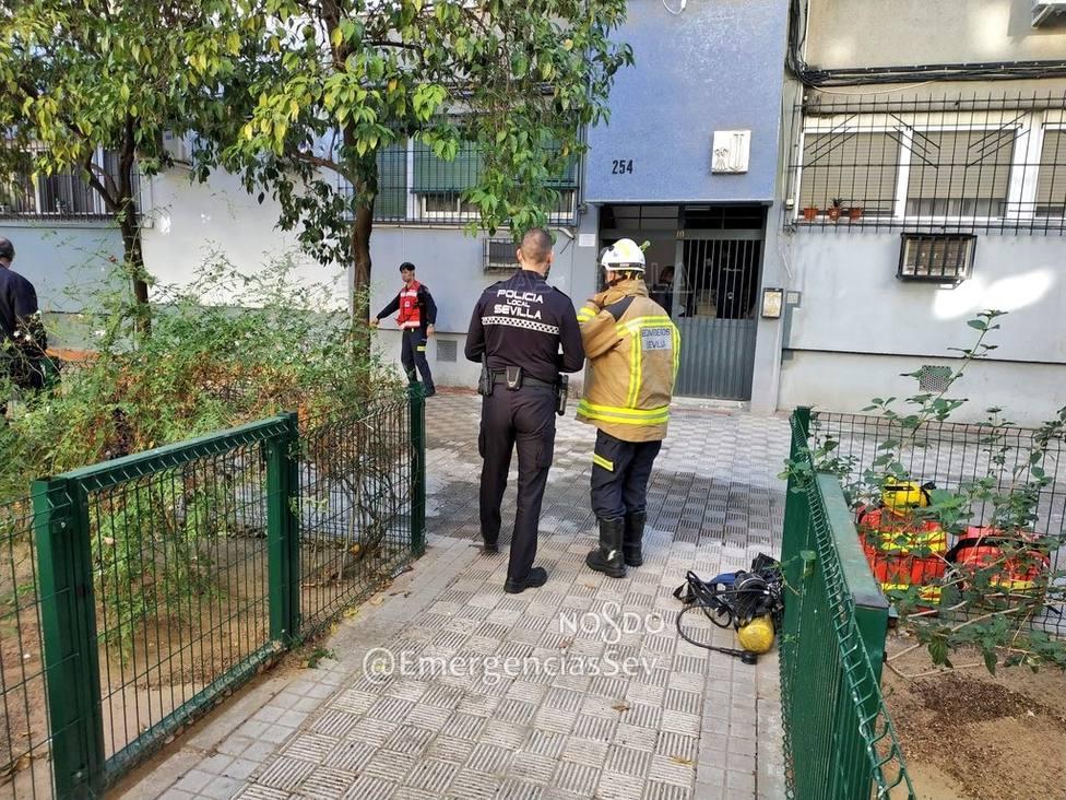 Muere una anciana de 89 años y movilidad reducida en el incendio de su piso en Sevilla