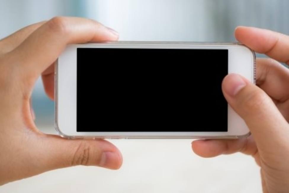Imputada una menor de edad por hurtar un móvil de alta gama en Lugo