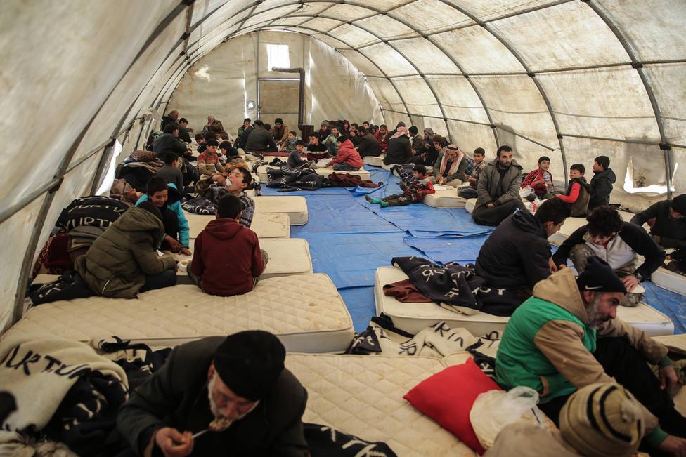 Ascienden a cerca de 700.000 los civiles desplazados desde el 1 de diciembre en el noroeste de Siria