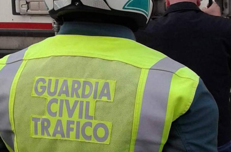 Un motorista da positivo por alcohol, cocaína y morfina tras un accidente en Viveiro
