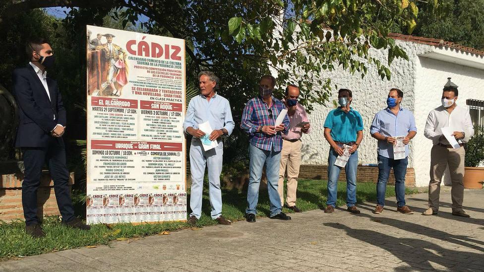 El maestro Ruiz Miguel fue el anfitrió del VIII Proyecto Competición Provincial de Escuelas Taurinas de Cádiz