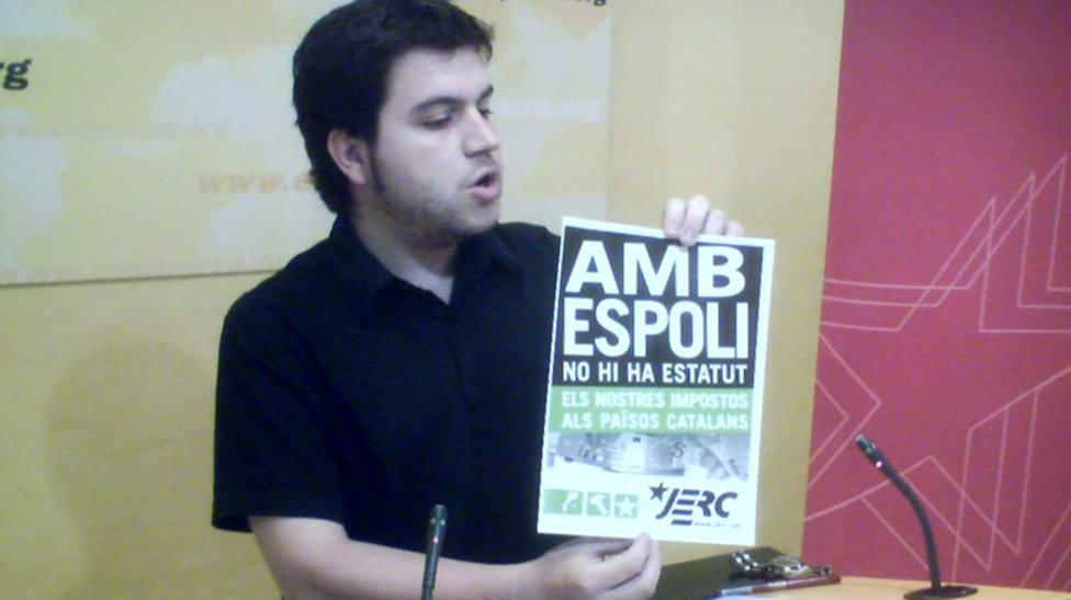 Imagen de Pere Aragonès con la campaña España nos roba y en contra del Estatut del 2006