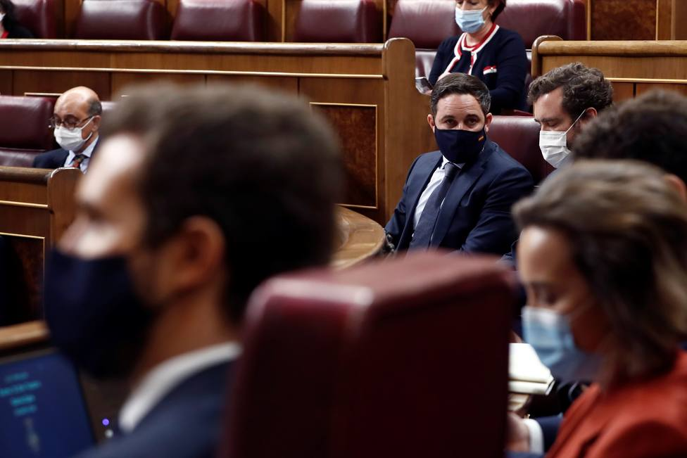 Abascal avanza que no está en cuestión el apoyo de Vox en los gobiernos autonómicos pese al ataque de Casado