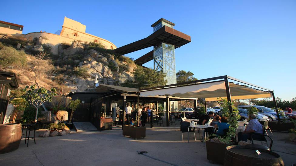 Águilas podrá abrir las terrazas de la hostelería al 100% de su capacidad
