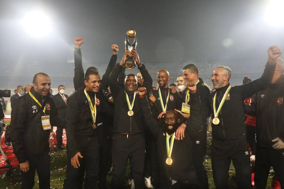 Al Ahly alza su novena Champions Africana en el derbi del siglo