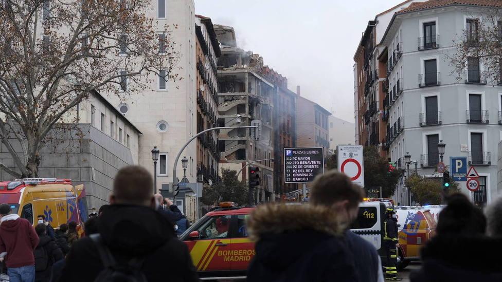 ctv-h1b-al-menos-tres-muertos-en-una-explosion-que-destroza-un-edificio-parroquial-en-madrid