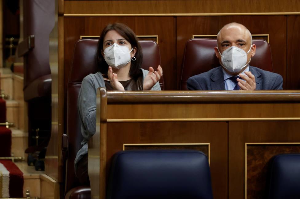 El Congreso acelera la mesa de diálogo en Cataluña con el apoyo de PSOE y Podemos