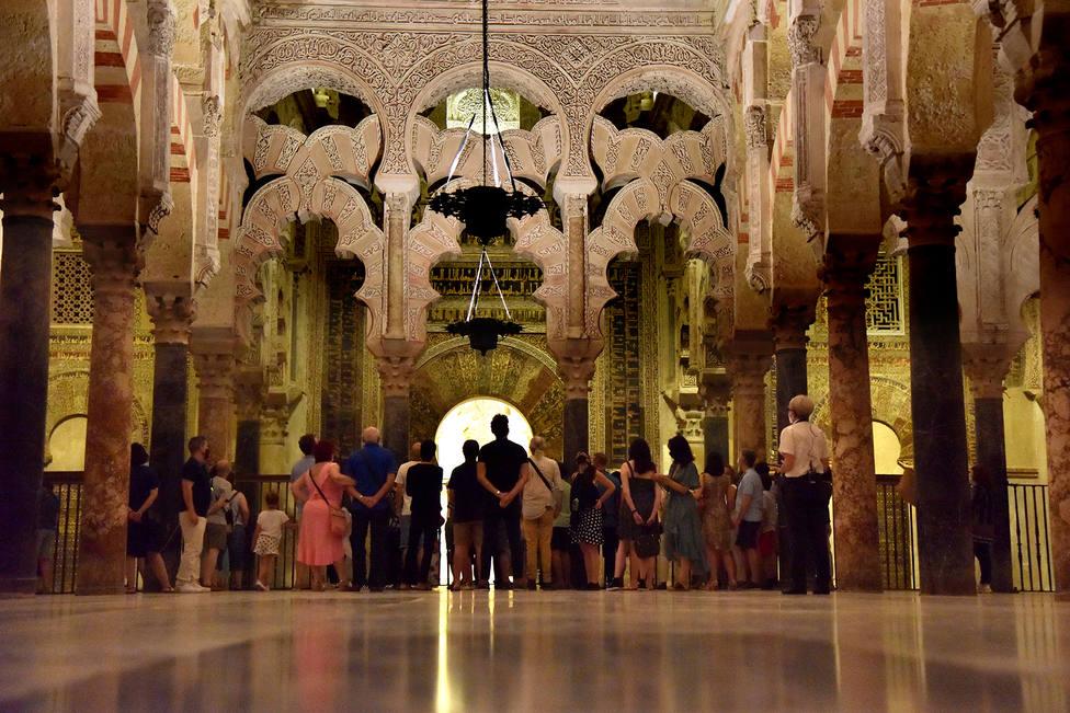 """La Mezquita-Catedral activa la visita nocturna """"El Alma de Córdoba"""" durante los dos próximos fines de semana"""