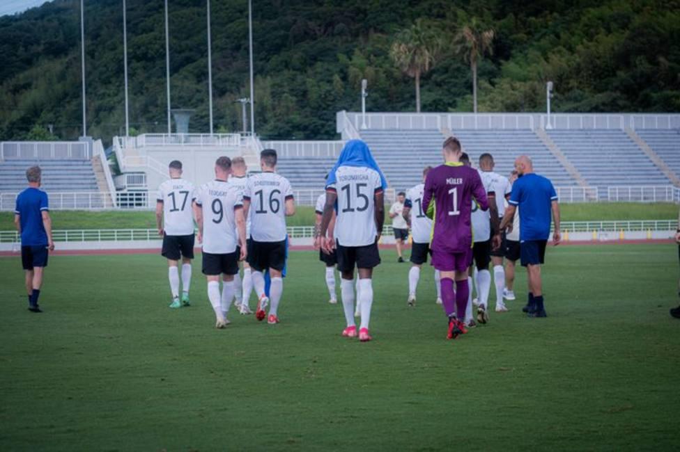 Los jugadores alemanes abandonan un encuentro de preparación para los Juegos por insultos racistas
