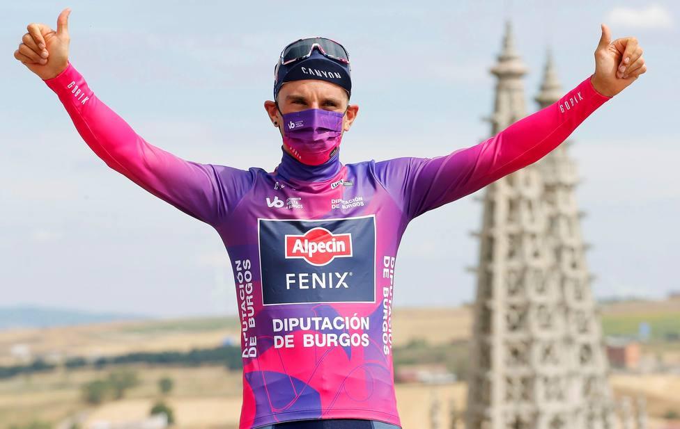 Podio de la primera etapa de la Vuelta a Burgos.