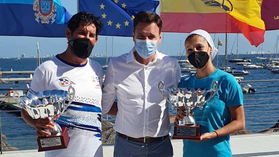 Los regatistas motrileños Ángel Ballesteros y Sonia Hidalgo, segundos en Murcia y terceros en Melilla