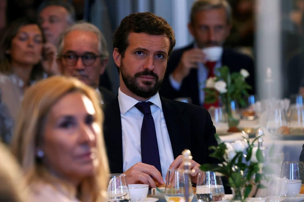 Casado y García Egea en desayuno informativo del Fórum Europa