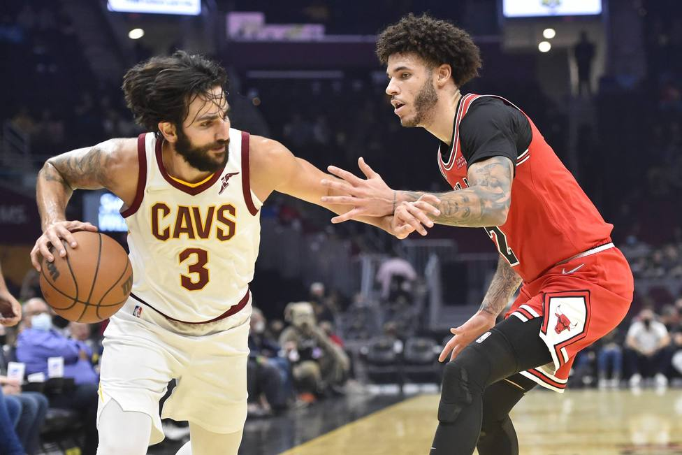 Ricky Rubio consigue la titularidad con los Cavs; nueva derrota de Lakers ante Phoenix Suns