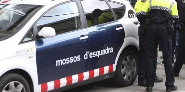 Un juez imputa a la jefa de los Mossos en la zona norte de Barcelona por el 1-O