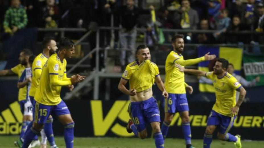 El Cádiz celebra uno de los goles al Espanyol (@LaLiga)