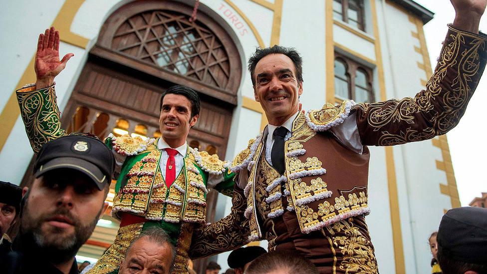 Emilio de Justo y El Cid, en una imagen de archivo, han triunfado junto a Juanito en Herrera del Duque