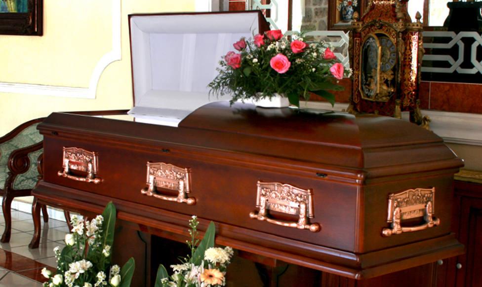 Confunden dos ataúdes y envían a un ovetense a un cementerio de Valladolid