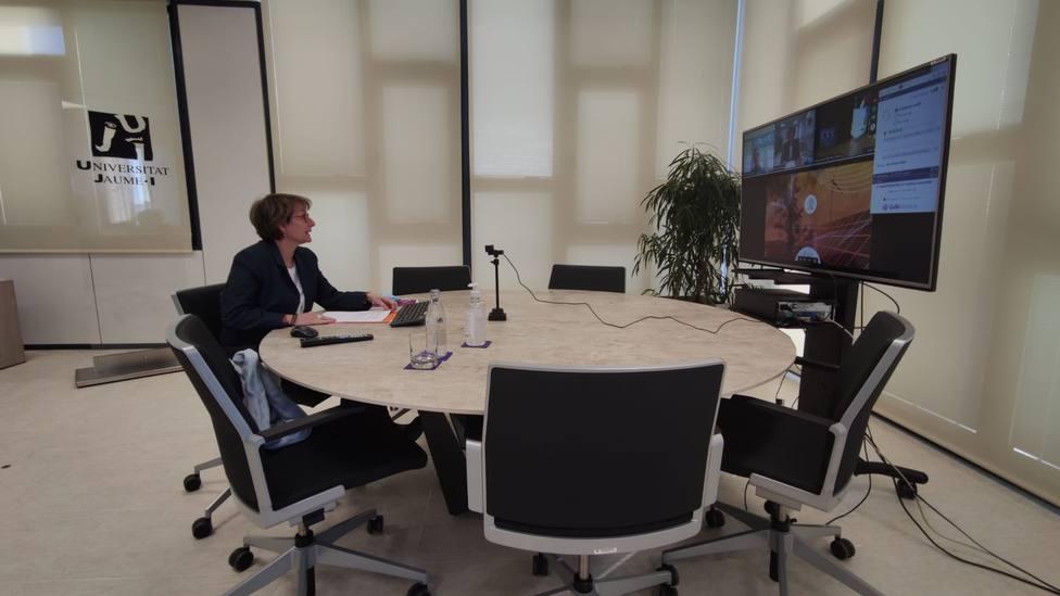 La rectora de la UJI Eva Alcón ha abierto la jornada Innotransfer organizada por el Espaitec