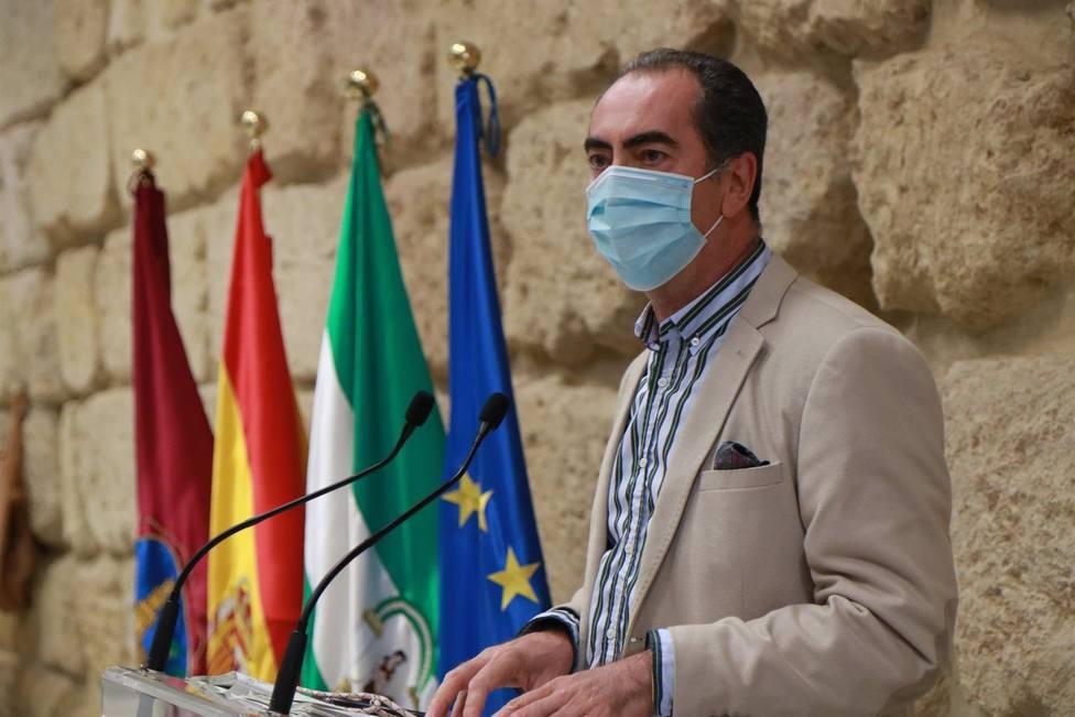 El Ayuntamiento adjudica el contrato del servicio de ayuda a domicilio por más de 36 millones de euros