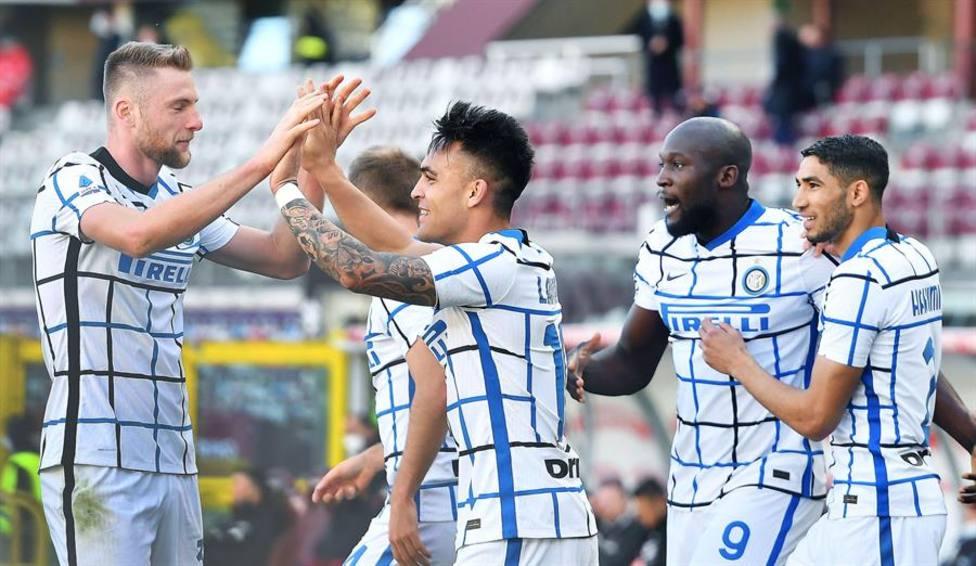 Lautaro hunde al Torino y avista el título