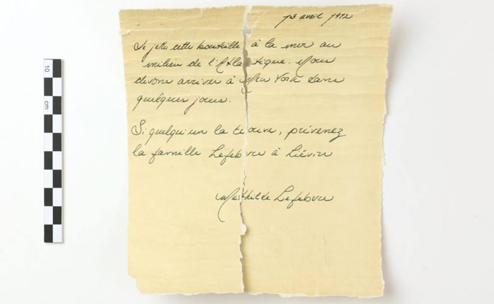 La carta encontrada dentro de la botella