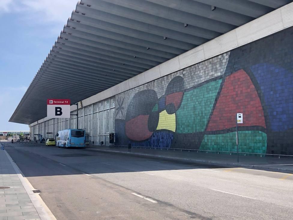 La T2 del Aeropuerto de Barcelona reabre este martes tras 196 días cerrada