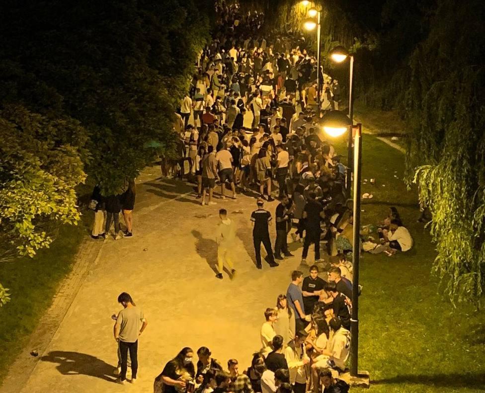 Causas del botellón en Logroño: Sin fiestas patronales en los pueblos ni restricción a la libre circulación