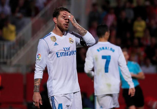 Sergio Ramos se lamenta de la derrota ante el Girona (Reuters)
