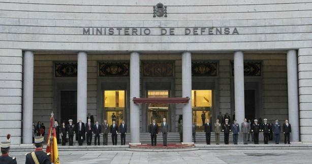 Defensa investiga a cinco militares en la reserva por sus elogios a Franco