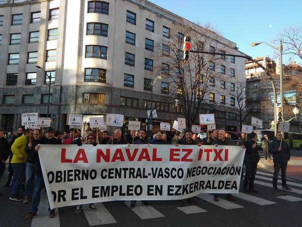 Concentración de trabajadores de la Naval en Bilbao