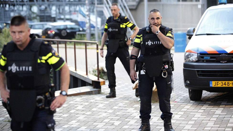 Detenidos tres menores en Holanda por una serie de violaciones en grupo