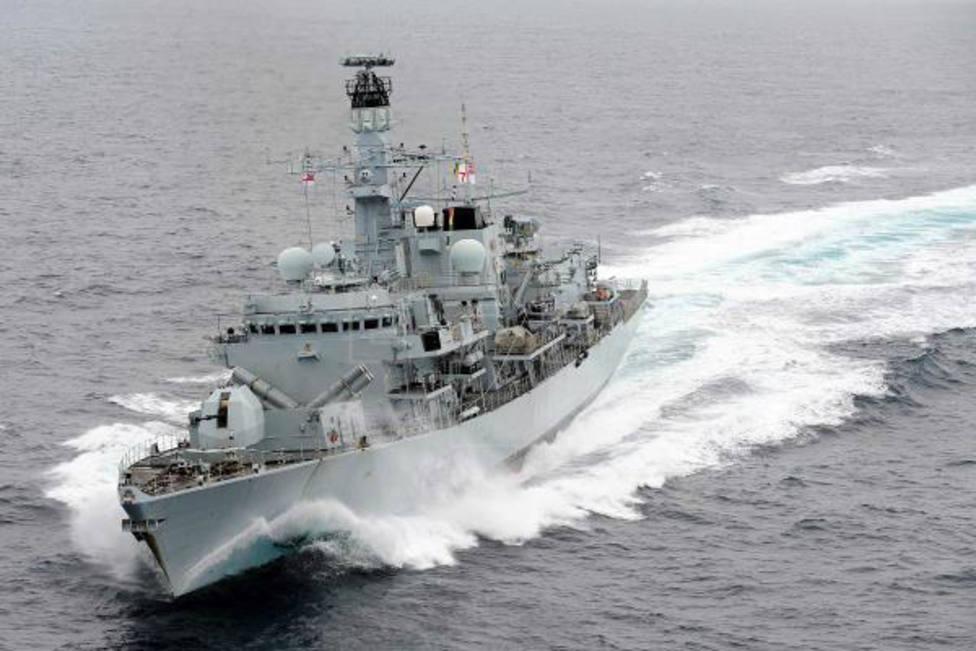 Irán niega el impedimento del paso al petrolero británico The British Heritage en el estrecho de Ormuz