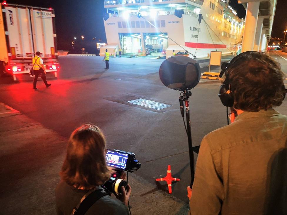 Ruedan en el Puerto de Almería escenas de la película holandesa King of the road del japonés Danyel Sugawara