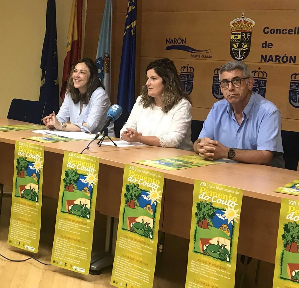 La presentación tuvo lugar en el concello de Narón a cargo de Marián Ferreiro, Natalia Hermida y Tomás Casal