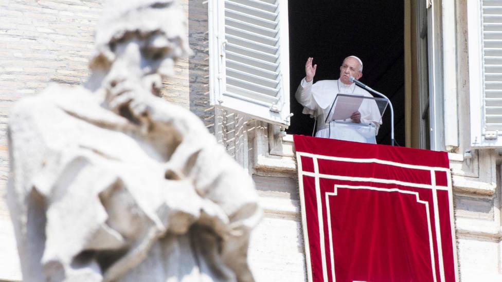 El Papa durante el rezo del Ángelus