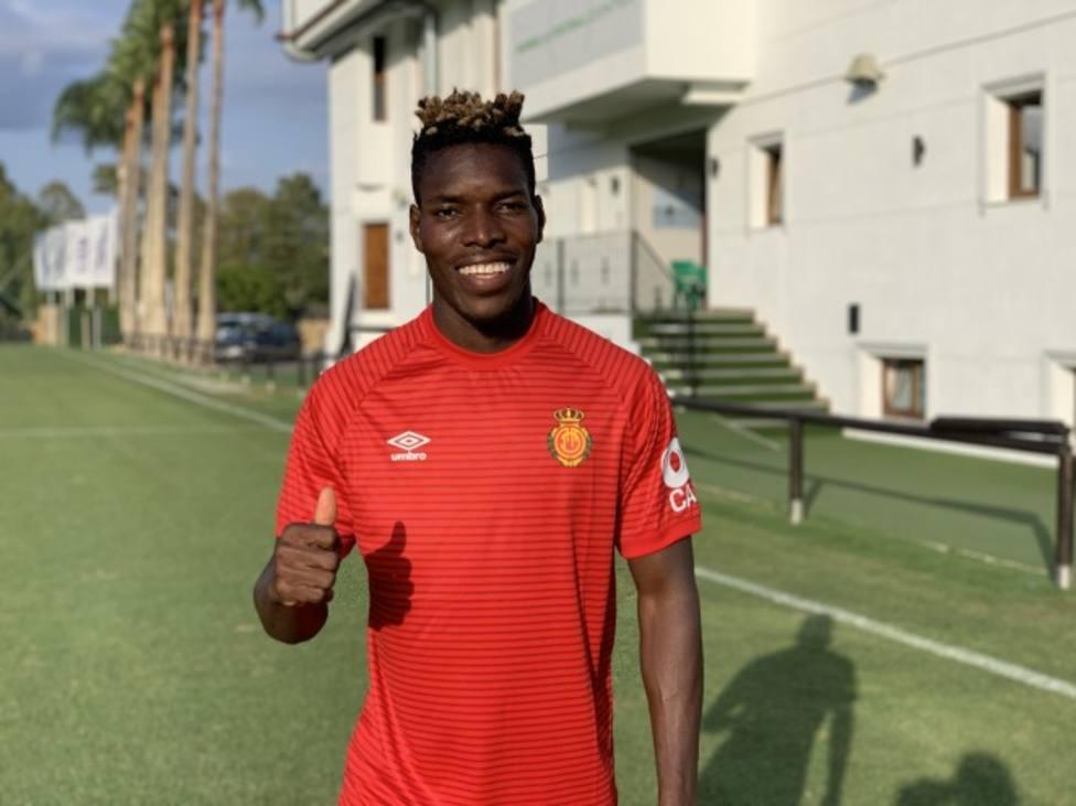 Incertidumbre con la lesión del lateral Lumor que hoy no jugará con Ghana