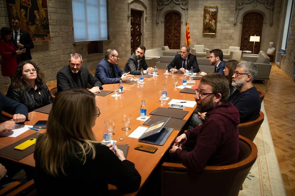 Finaliza la reunión de Torra con Torrent, miembros de la Mesa y los partidos independentistas