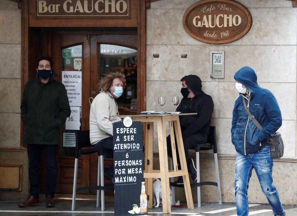 Los contagios por coronavirus en Navarra alcanzan un nuevo máximo en la pandemia con más de 600 infectados