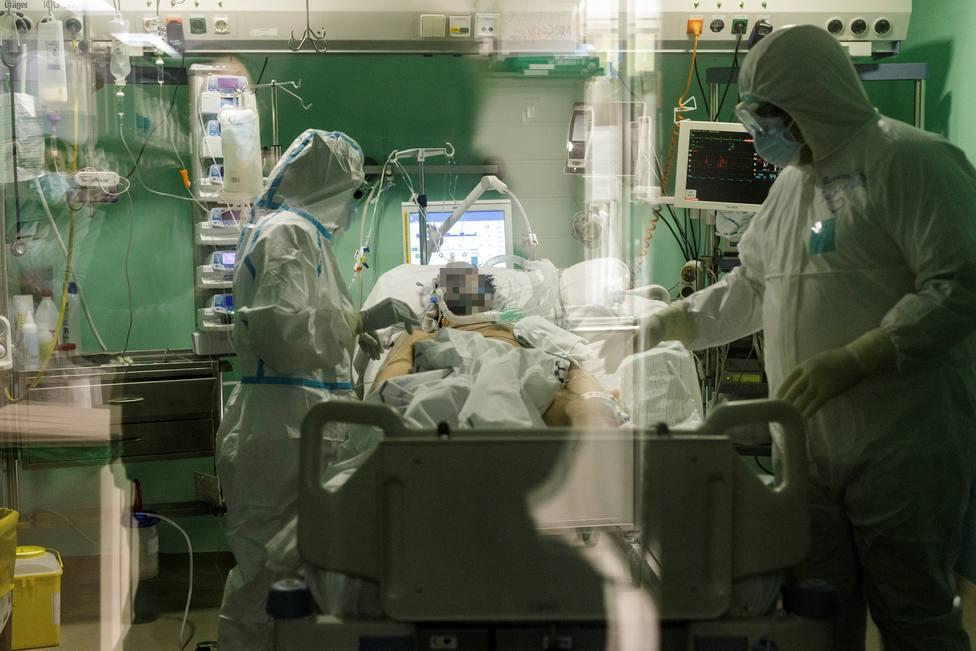 UCI UVI Hospital Universitario de Canarias coronavirus