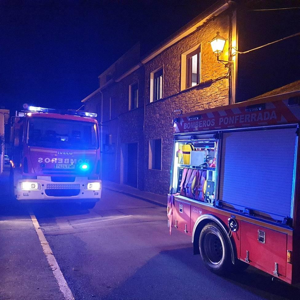 ctv-biz-bomberos-incendio-cacabelos