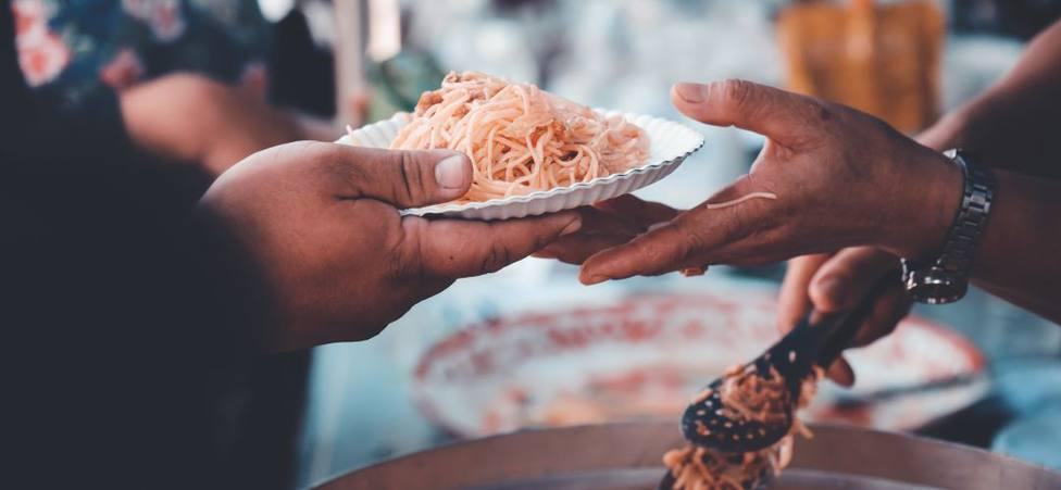 """La emotiva historia del restaurante que no para de ayudar a los más necesitados: """"Es nuestra vocación"""""""