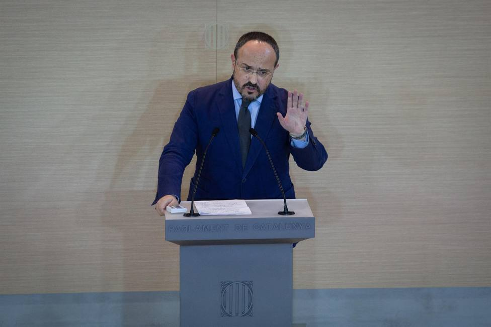 El presidente del PP catalán sospecha que hasta el 4M no habrá acuerdo ERC-JUNTS